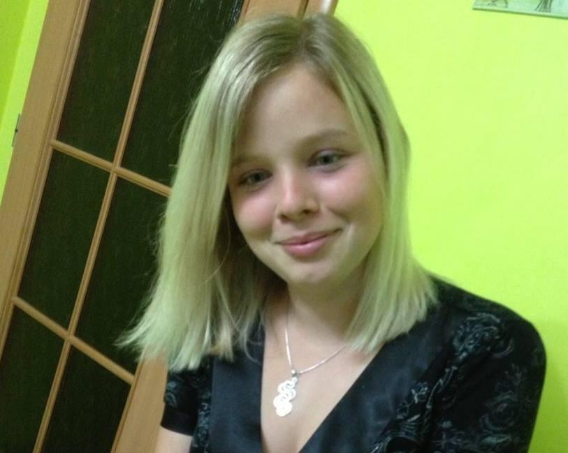 Nevidomá Šarlota Kušnírová, na jejíž studium přispívá Nadační fond Českého rozhlasu