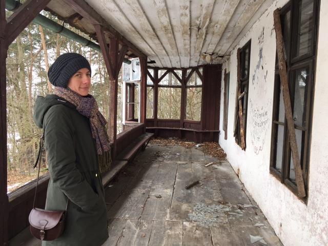 Bývala tu noblesní prvorepubliková restaurace, teď však vila Fiala v Blatné už roky chátrá. S nápadem na její záchranu přišlo několik místních v čele s Pavlou Černochovou (na snímku)