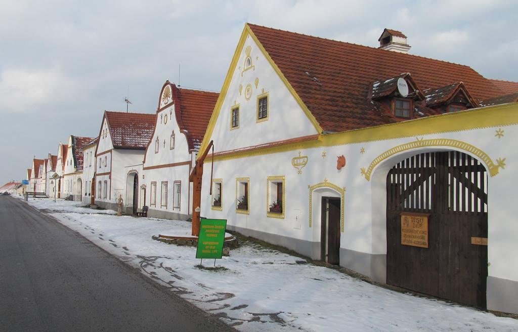 Holašovice bez turistů v zimě