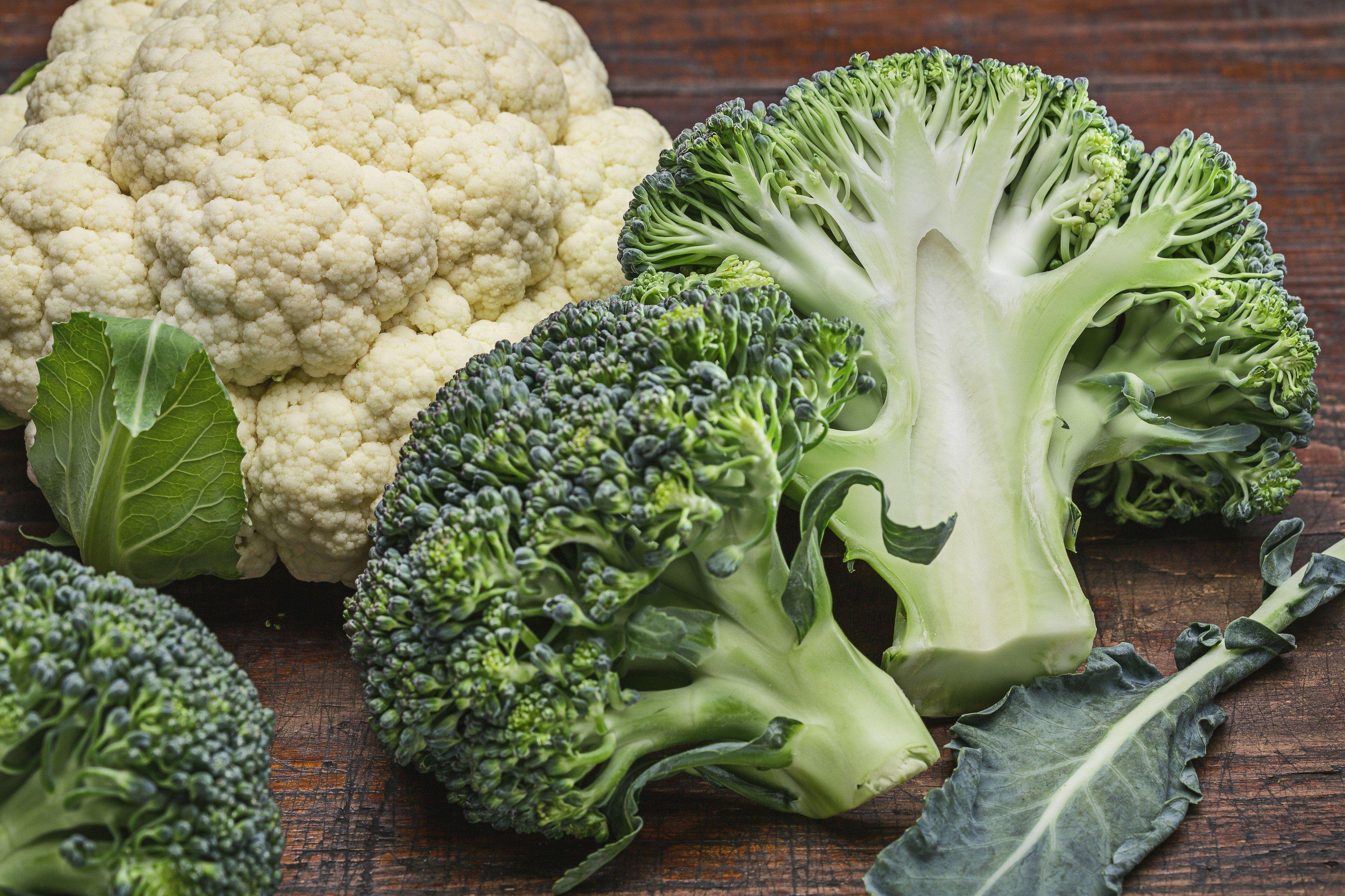 Brokolice a květák, zelenina, zdravá strava, dieta, hubnutí. Ilustrační foto