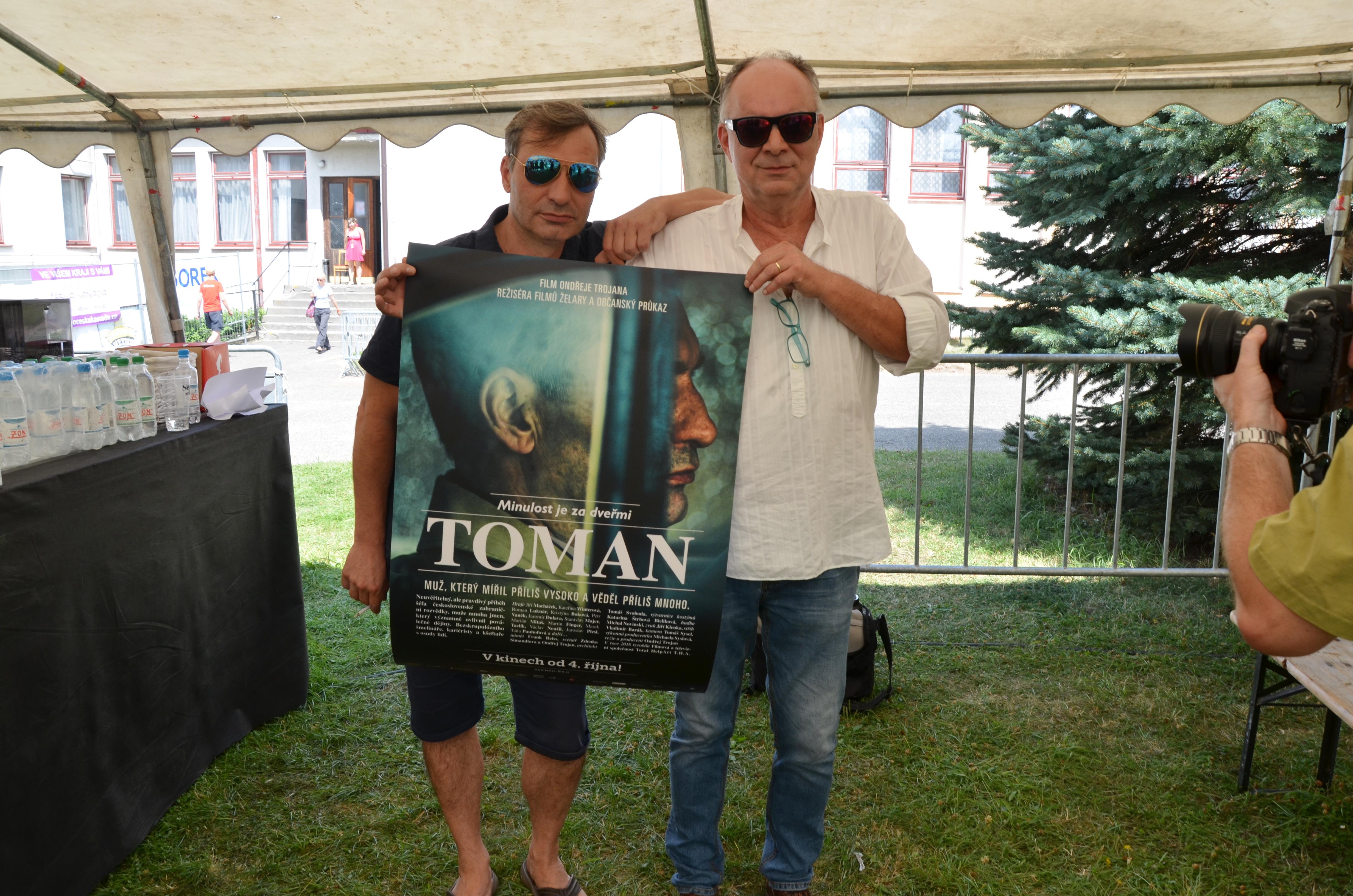 Návštěvníci Slavonice Festu měli jako první možnost vidět nový český film Toman. Na snímku představitel hlavní role Jiří Macháček a režisér Ondřej Trojan