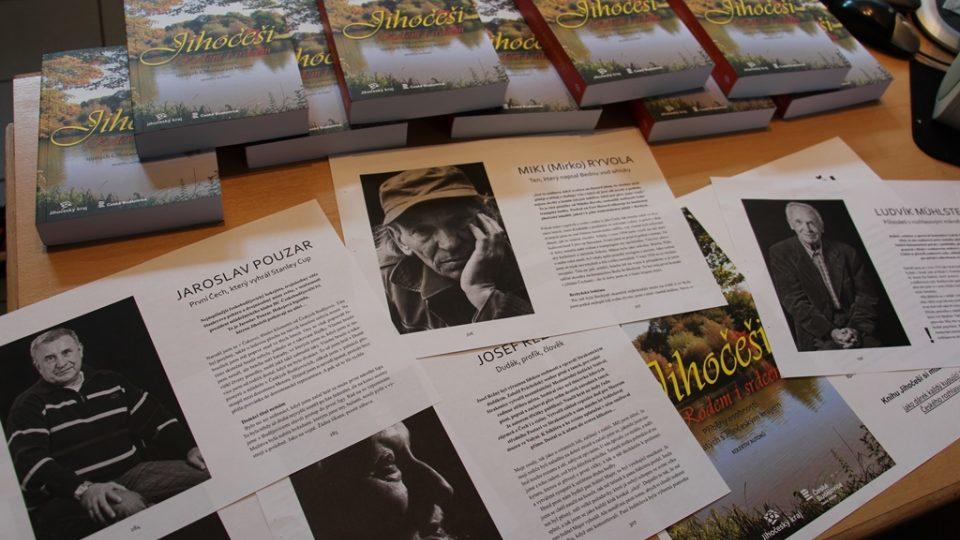 Den otevřených dveří v Českém rozhlase České Budějovice. Prodává se nová kniha Jihočeši