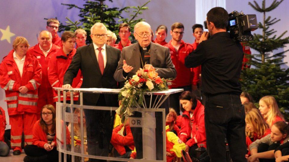 Betlémské světlo se předává na slavnosti v Linci v budově veřejnoprávní ORF