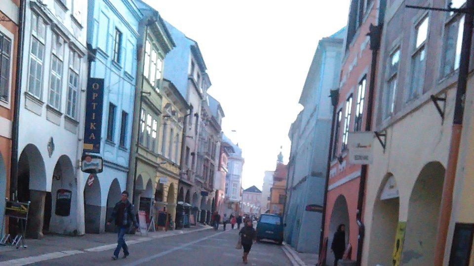 Krajinská ulice v Českých Budějovicích se původně jmenovala Landstrasse a bydleli zde Němci