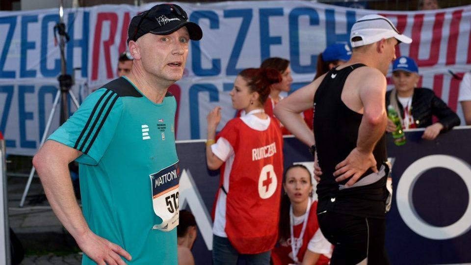 Petr byl z rozhlasového týmu v cíli jako první. Půlmaraton zvládl v čase 01:40:09