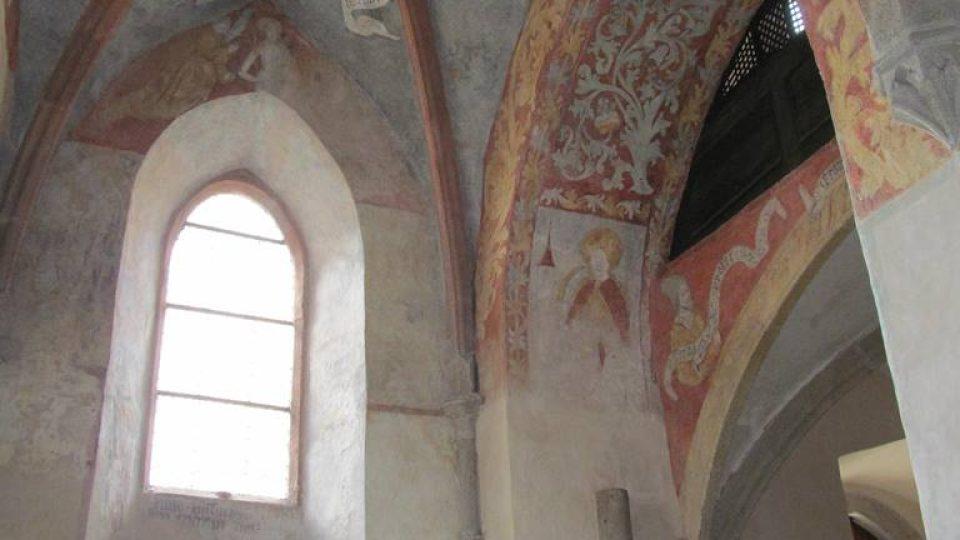 Symboly evangelistů v jindřichohradeckém kostele