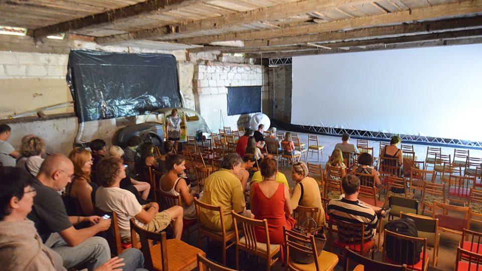 Kino stodola ve Slavonicích