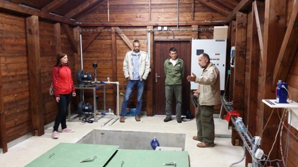 Unikátní čistička odpadních vod v Arnoštově slouží čtyřiceti lidem a chrání deset tisíc perlorodek