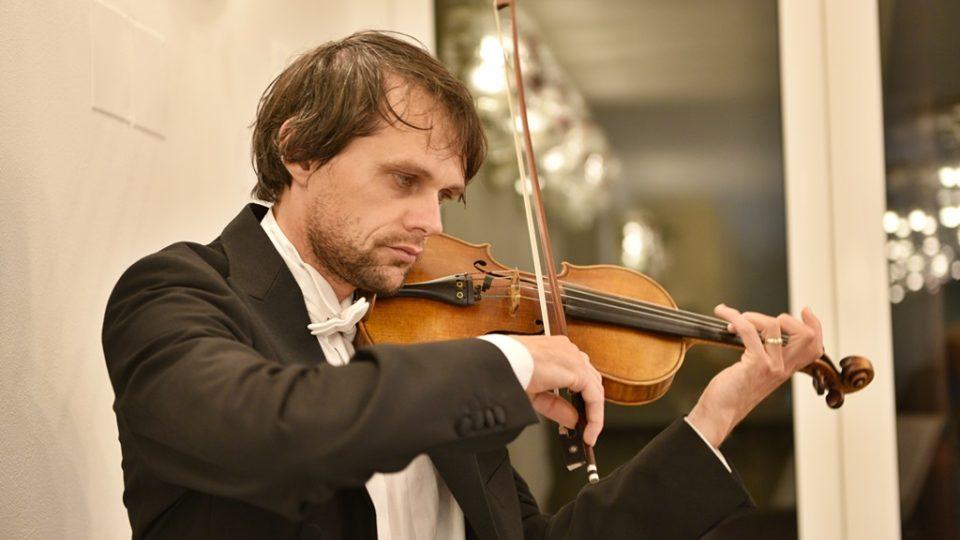 Jihočeská filharmonie otevřela po opravě svou budovu v Českých Budějovicích. Na snímku koncertní mistr Martin Týml