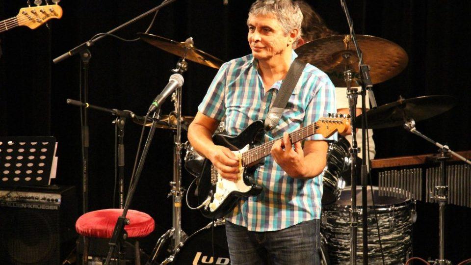 Koncert Radka Tomáška a kapely Simply The Four ve studiovém sále Českého rozhlasu České Budějovice