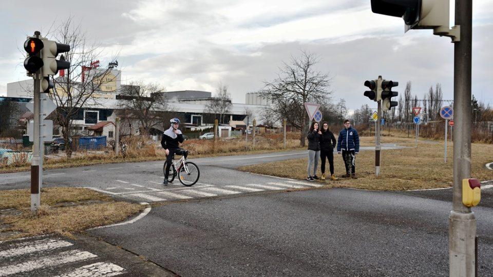 Besip má v Českých Budějovicích cvičiště s přechody, funkčními semafory i značkami, kde se mladí lidé učí základním pravidlům chování na silnici v různých rolích