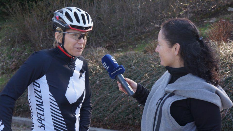 O lásce ke kolu mluvila s Kateřinou Neumannovou autorka pořadu Návod na cyklistiku Mária Pfeiferová