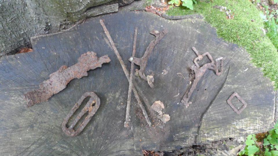 Na Velkém Žolobinu je mnoho fragmentů bojů, mohou pocházet i od vojáků 91. pěšího pluku z Českých Budějovic