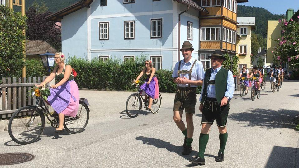 Na lidové slavnosti v hornorakouském Bad Goisern se schází lovci kamzíků