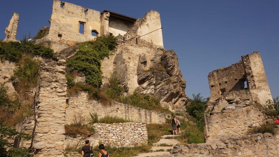 Zřícenina hradu Dürnstein v oblasti Wachau v Dolním Rakousku