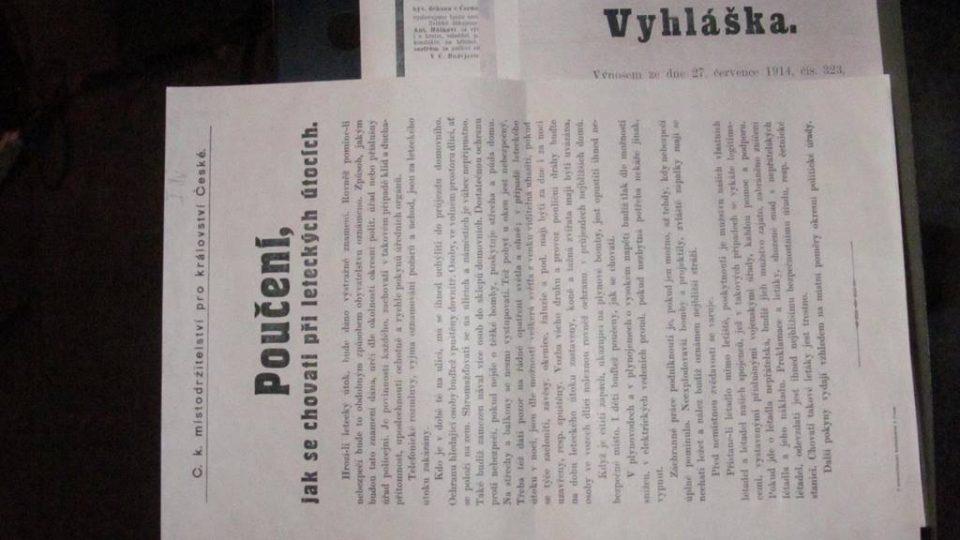 Živé natáčení pořadu Vltavín, který se věnoval období první světové války. Ředitel archivu Daniel Kovář přinesl dobové dokumenty