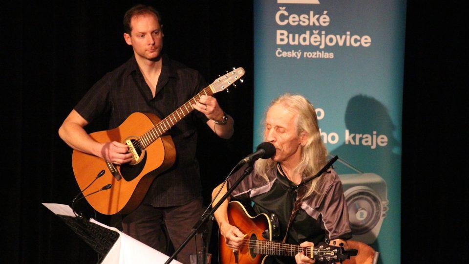 Koncert kapely Bluesberry ve studiovém sále Českého rozhlasu České Budějovice