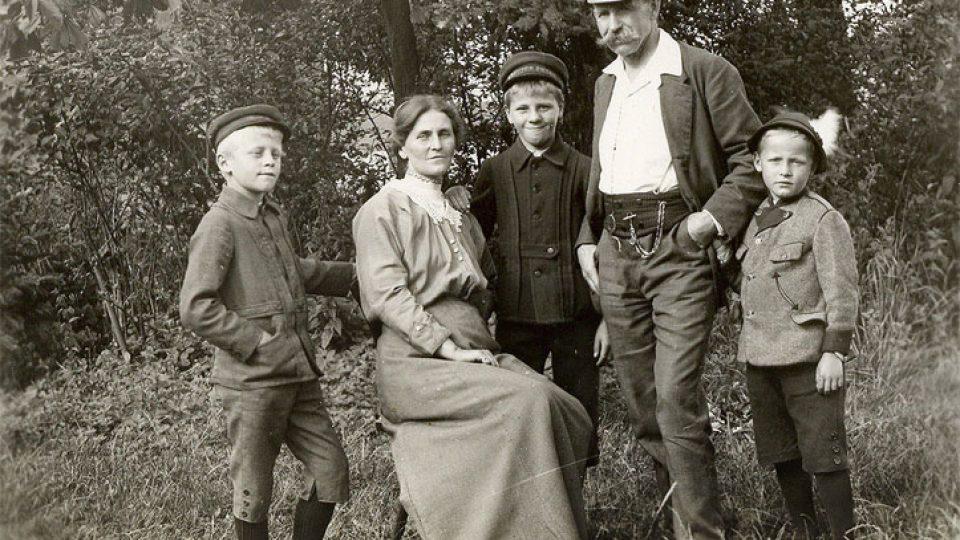 Rodina Josefa Seidla na dobové fotografii