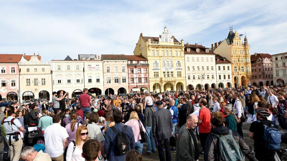 V Českých Budějovicích se uskutečnila pieta za oběti koncentračního tábora Lety u Písku.