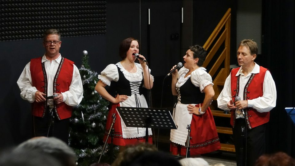 Dechová kapela Křídlovanka ve studiovém sále Českého rozhlasu České Budějovice