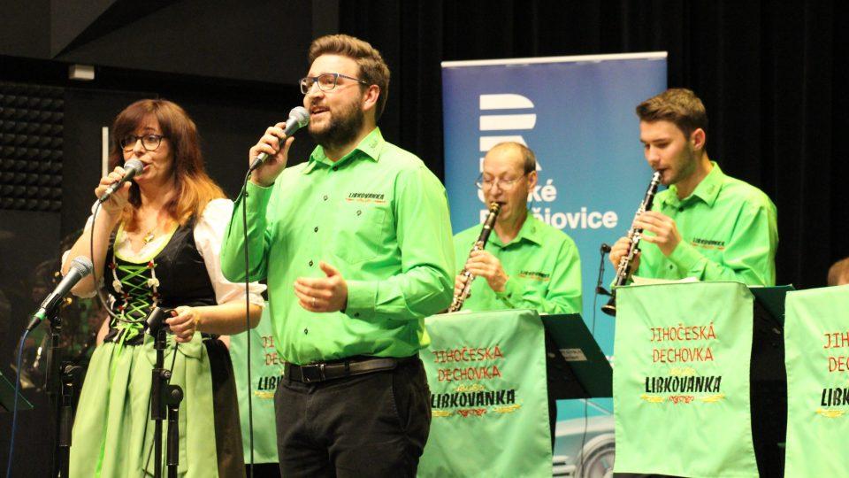 Dechová kapela Libkovanka ve studiovém sále Českého rozhlasu České Budějovice