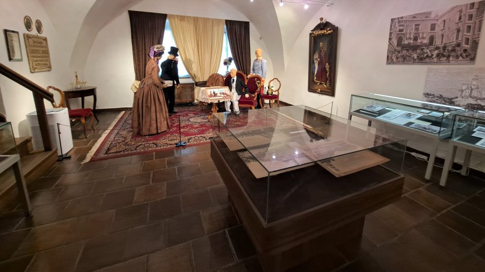 Výstava Císařský syn v městě pod Libínem v Prachatickém muzeu připomíná návštěvu korunního prince Rudolfa