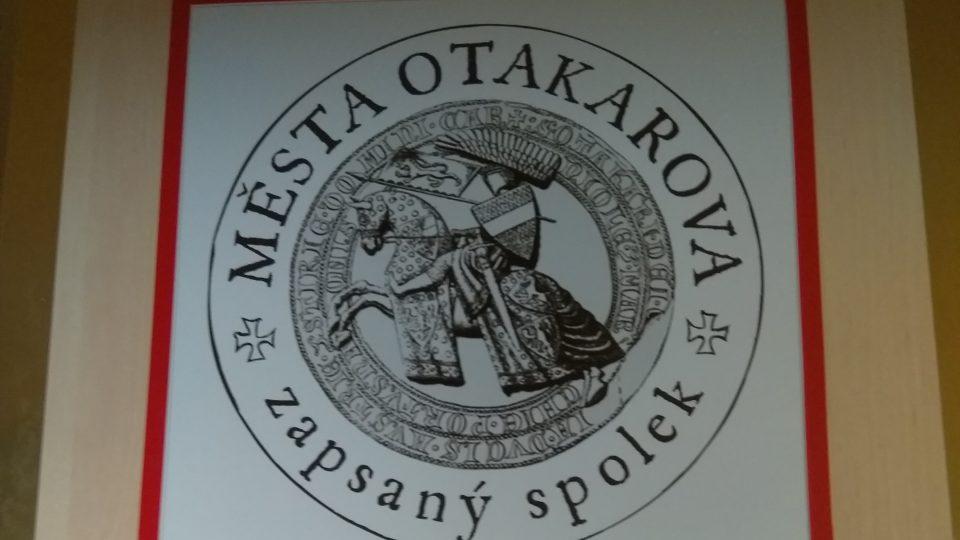 Expozici provozuje sdružení Města Otakarova