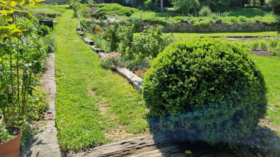 Historická Krafferova zahrada v centru Jindřichova Hradce
