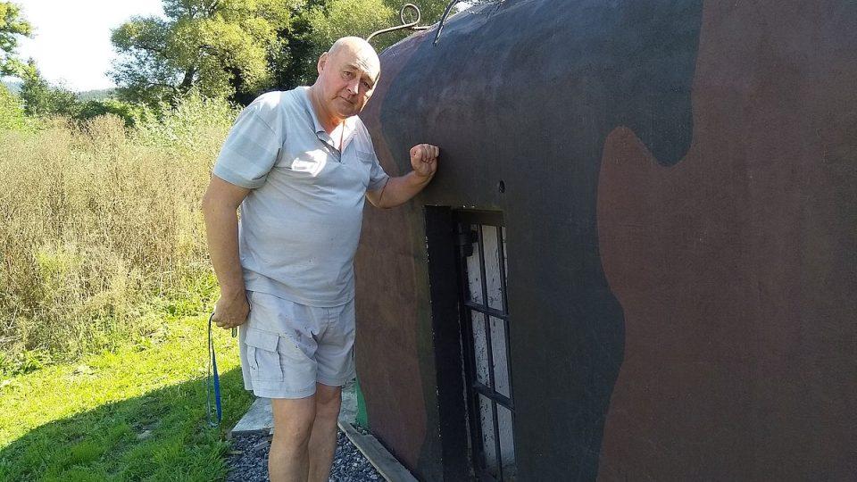 Bohuslav Gruber si koupil bunkr, který je součástí linie prvorepublikového opevnění z roku 1938