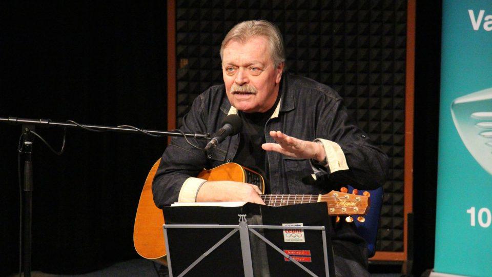 Miroslav Paleček vystoupil ve studiovém sále Českého rozhlasu České Budějovice