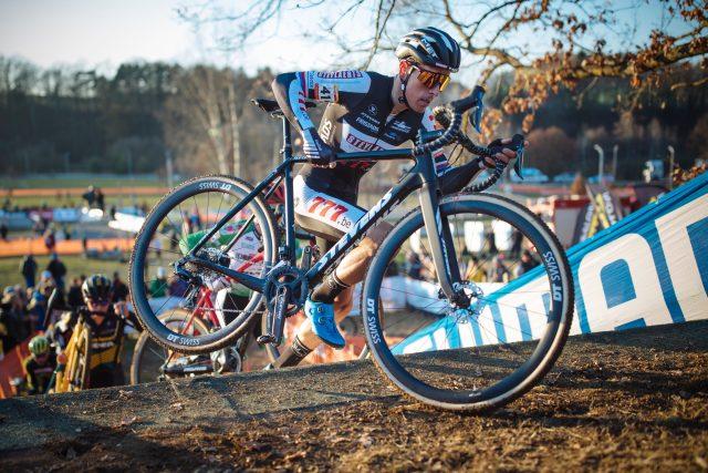 Cyklokrosař Adam Ťoupalík při závodě světového poháru v Táboře 2018