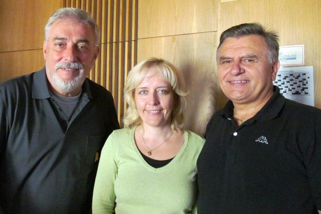 Josef Pospíšil  (vpravo) s manželkou Renatou při rozhovoru pro pořad Tandem Jana Rosáka | foto: Jana Chládková,  Český rozhlas