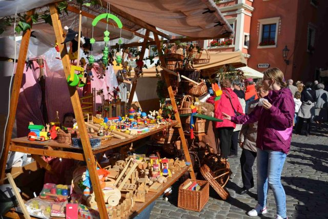 Staročeský trh na Svatováclavských slavnostech v Českém Krumlově