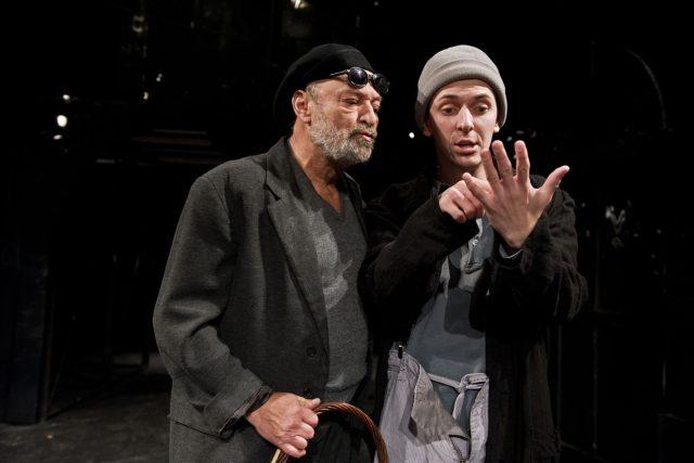 Petr Červinka (vlevo) při představení Kupec benátský
