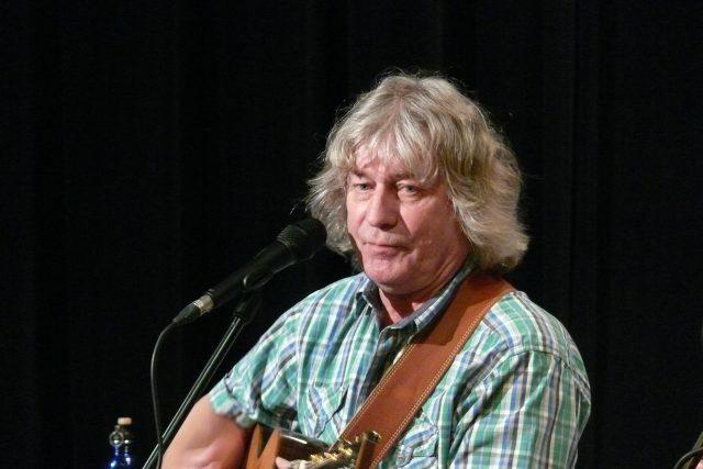 Žalman vystoupil společně s kapelou ve Studiovém sále Českého rozhlasu České Budějovice