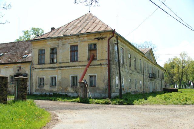 Zámek Dobrohoř při rekonstrukci
