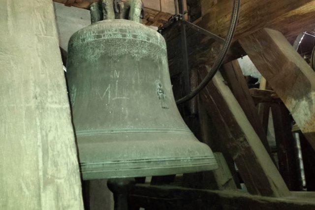 Černá věž - zvon