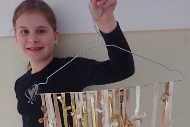 Jedenáctiletá Veronika si vyrobila vlastní adventní kalendář