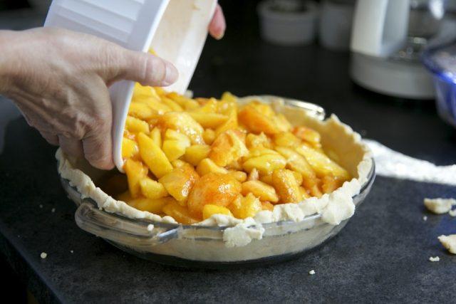 Jablečný koláč, jablka, pečení