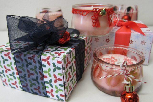Dárky, Vánoce, svíčky