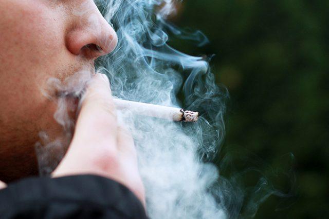 kouření, kuřák, cigareta