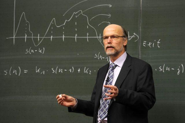 Učitel (ilustrační foto)