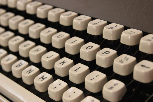 Písmena, psací stroj