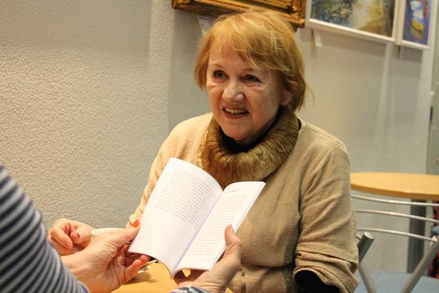 Svůj boj s rakovinou popsala Milena Kolářová s nadhledem a optimismem v knize Vetřelec v mém ňadru