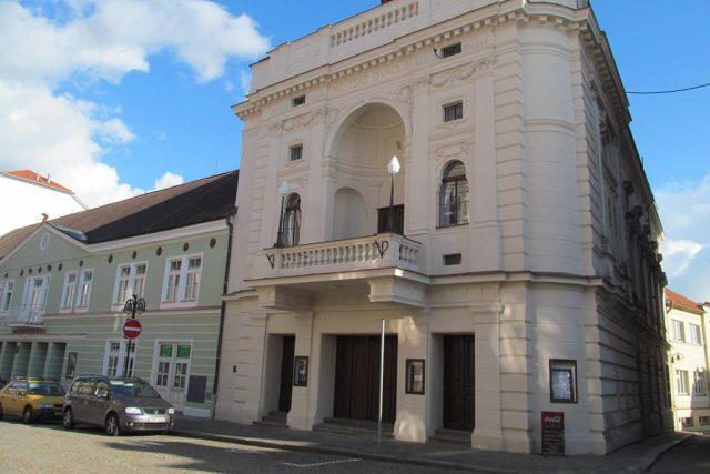 Divadlo Oskara Nedbala v Táboře