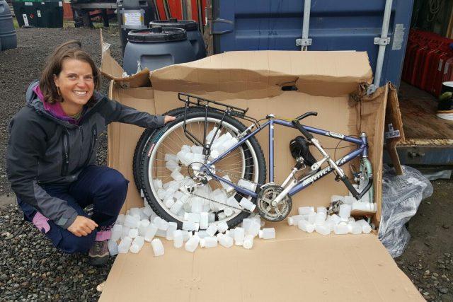 Tereza Švecová na Špicberkách potřebuje i kolo, nechala si ho poslat nákladní lodí z Čech