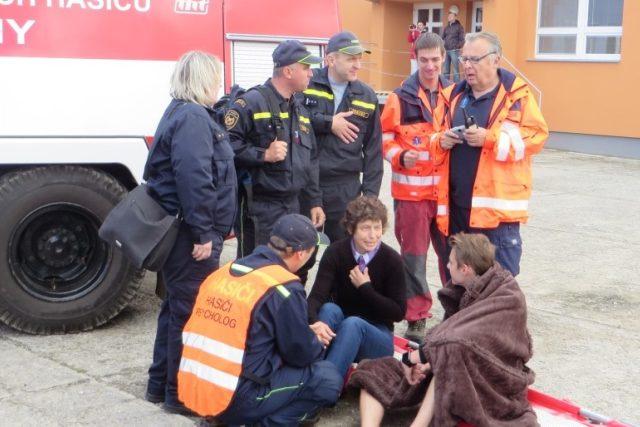 K týmu Hasičského záchranného sboru Jihočeského kraje patří i psycholog Tomáš Adámek | foto:  HZS Jihočeského kraje