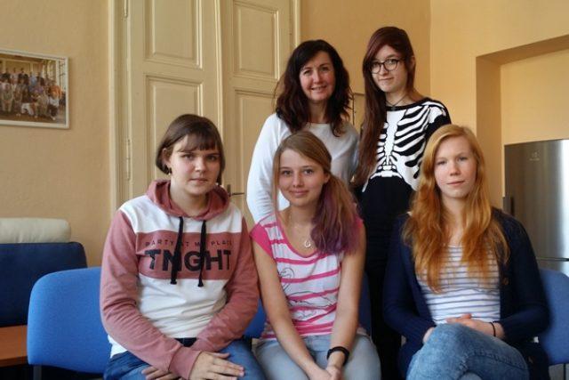 Studentky kvinty Gymnázia Prachatice, které připravily sociální projekt
