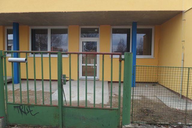 Nové Auticentrum na adrese Plzeňská 44 - v areálu bývalé mateřské školy