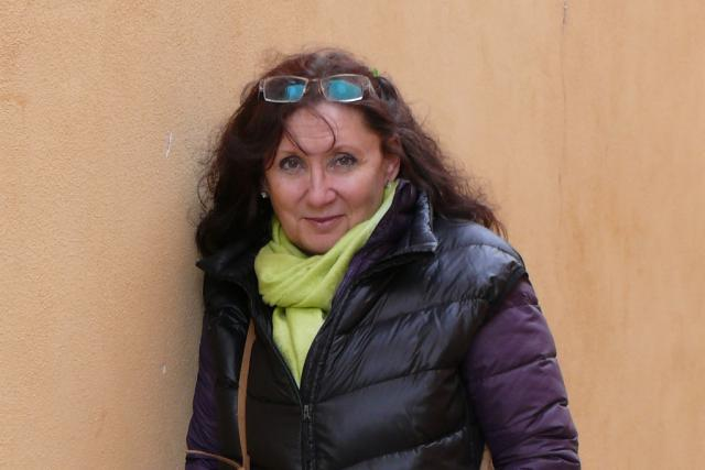 Výtvarnice Květoslava Drdová, která rovněž používá pseudonym Tana Tanko, žije nyní v Jindřichově Hradci